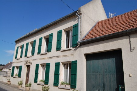 French property, houses and homes for sale in OSLY COURTIL Aisne Picardie