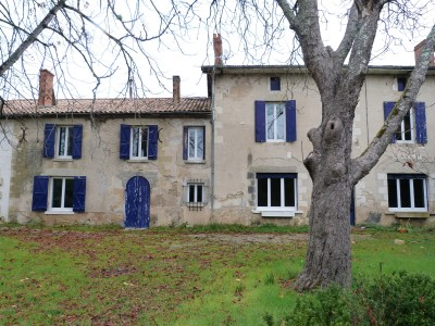 French property, houses and homes for sale in LAMOTHE LANDERRON Gironde Aquitaine