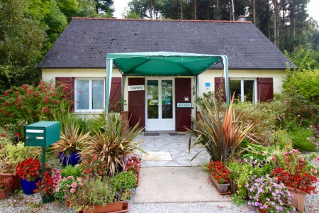 French property, houses and homes for sale in ST COULITZ Finistere Brittany