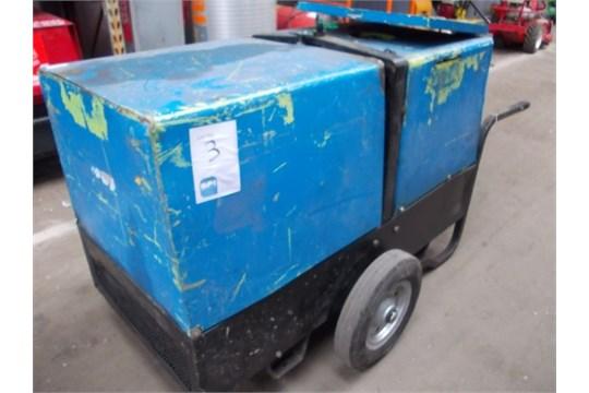 Diesel generator Model 3tne68-g2a Yanmar engine 2x 110v an