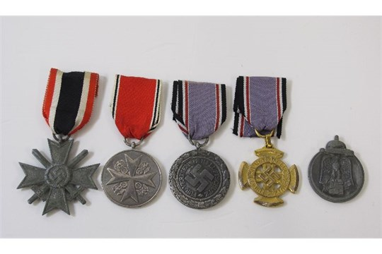A Winter War Medal - no ribbon, four German Air Defence Medals