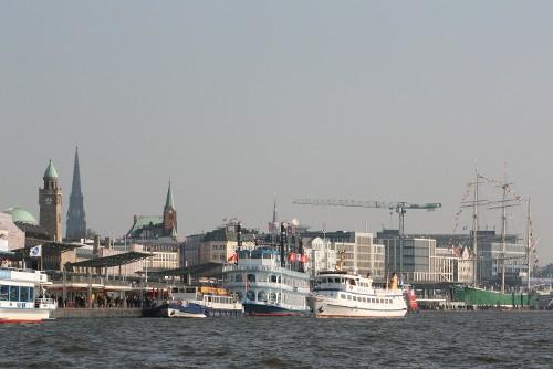Hafen und Fischmarkt - Weltbürger, Hanseaten und Fischköppe