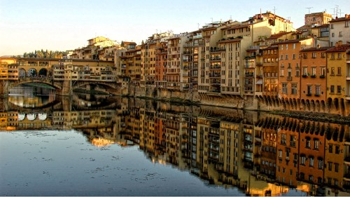 7: Ufer des Arno