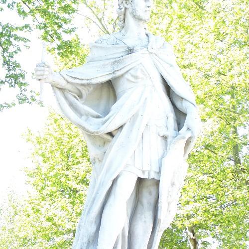 Statuen Eurico u. Ataulfo