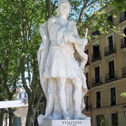 Statuen Wilfredo u. Ordono