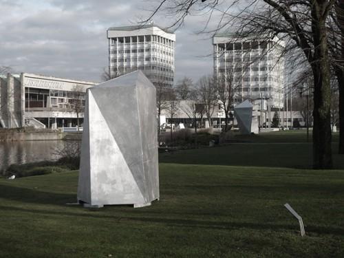 "Ulrich Rückriem ""Granit gespalten"" 1978"