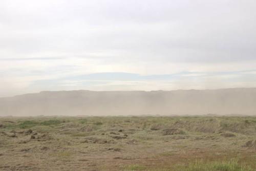 Staubstürme und Erosion im Hochland