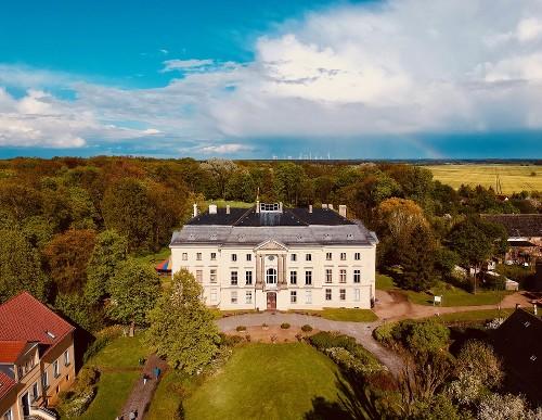Campus Schloss Trebnitz