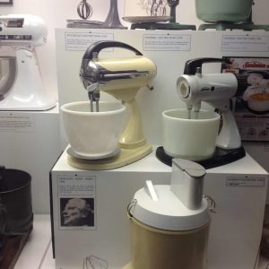 Kitchen utensils of yesterday...