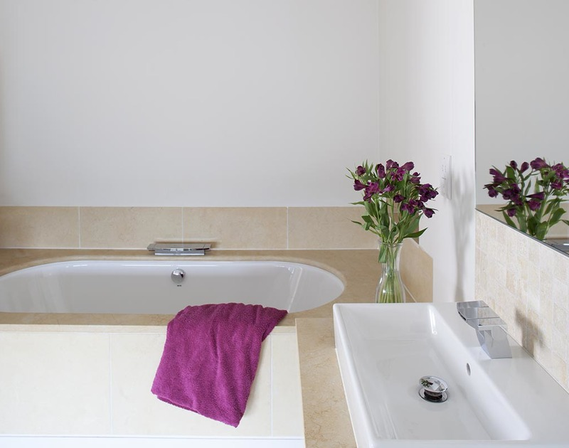 A beautiful bathroom of Downalong, a luxury, self-catering holiday house at Daymer Bay, Cornwall