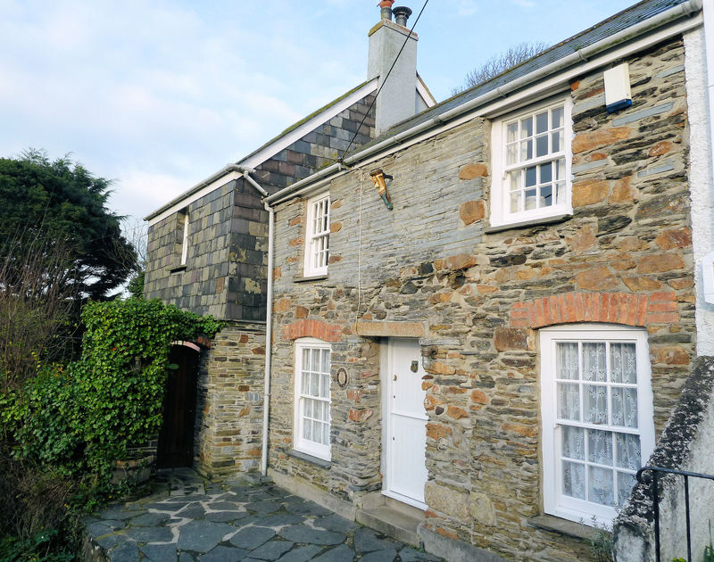 The very attractive stone frontage of Mermaid Cottage, a charming self catering holiday cottage in Port Isaac, North Cornwall.