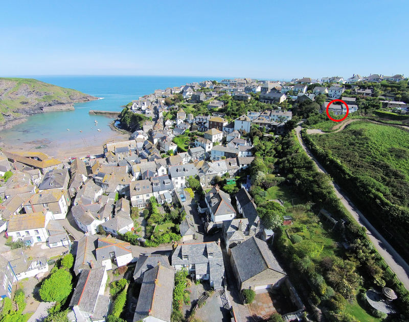 The exact location in the village of self catering holiday rental Mermaid Cottage, Port Isaac, Cornwall.