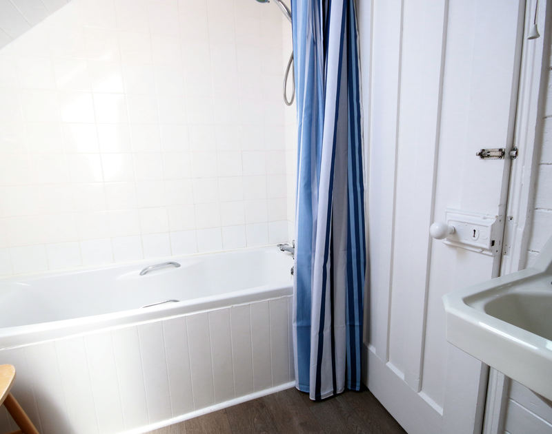 The bathroom at Gullsway: The Annexe, a first floor holiday apartment in Polzeath, Cornwall