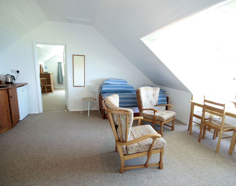 The breakfast room of Gullsway: The Annexe, a first floor holiday apartment in Polzeath, Cornwall
