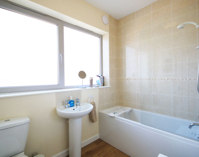 One of two bathrooms in The Holiday House, a self catering holiday rental in New Polzeath, North Cornwall.