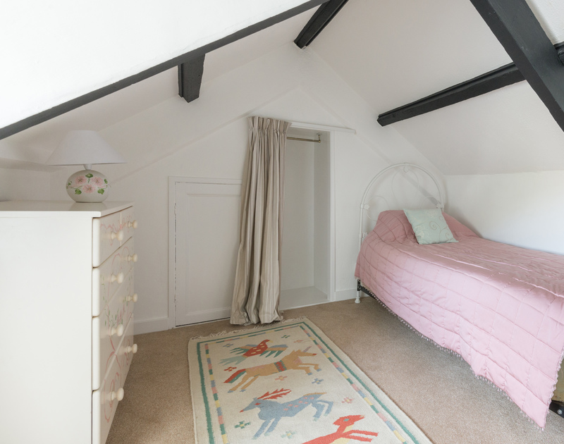 The top floor single bedroom in Port Isaac of self catering holiday house 22, Church Hill on the North Coast of Cornwall.