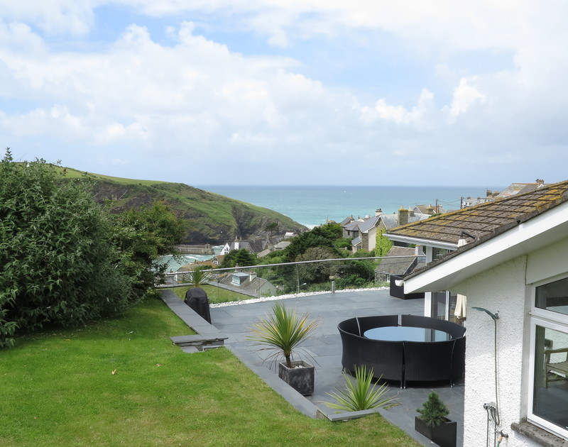 The Terace garden features an outside shower and wide terrace that wraps around the property to make the most of the harbour views of Port Isaac