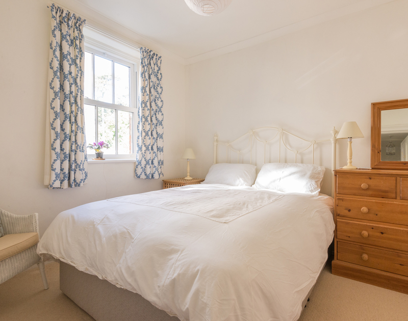 The first floor double bedroom at self catering holiday house 2, The Terrace in Rock, North Cornwall.