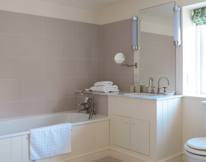The second bedroom at Harbour Lights, Rock in Cornwall has a large ensuite bathroom.