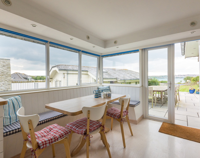 Enjoy a light lunch or lazy breakfast at the kitchen table in Sea Gulls while you watch the tidal ebb and flow of the Camel estuary