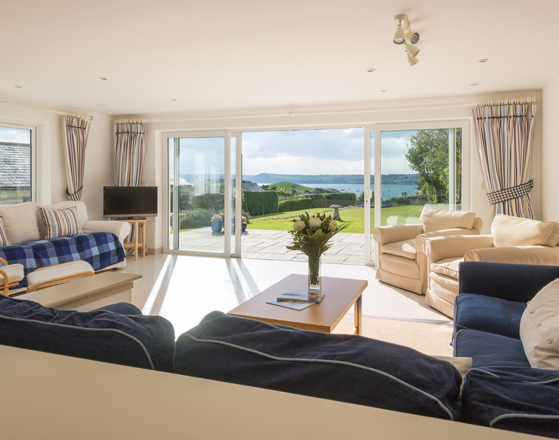 The spacious and sunny sitting room at Sea Gulls in Rock on the Camel Estuary on the north Cornwall coast.