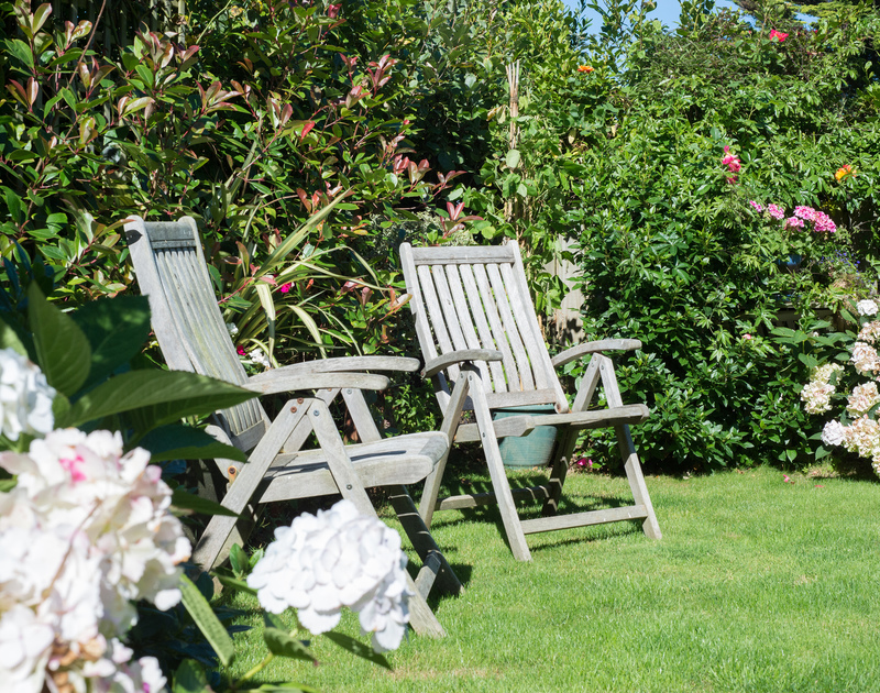 Make the most of the Cornish sunshine in the peaceful garden by pulling up a chair at self catering holiday house Borlase in Polzeath,