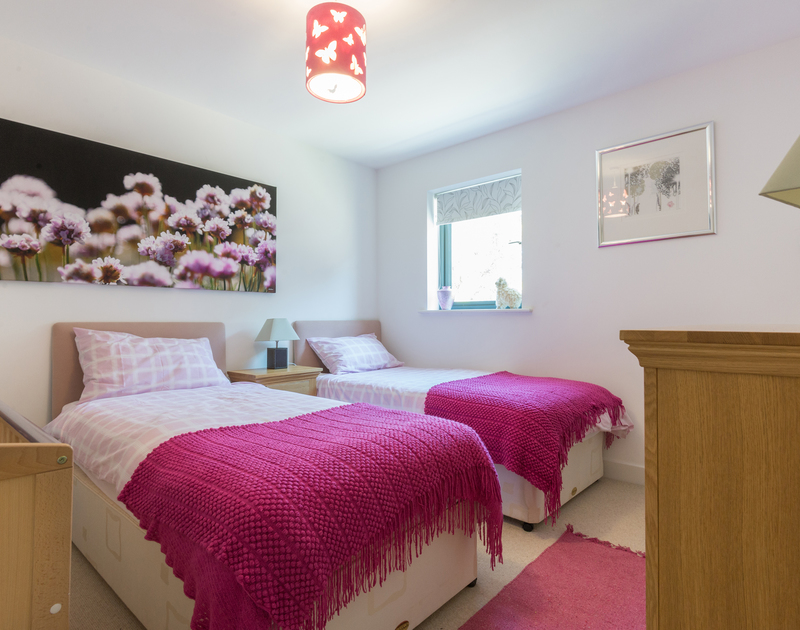 Borlase in Polzeath offers four bedrooms in total with two twin bedrooms to suit a large family or two families sharing
