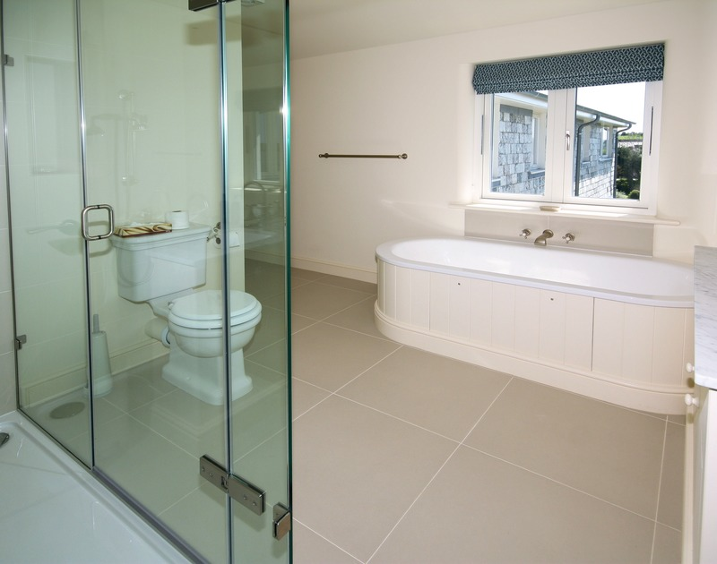 A smart, modern bathroom at Harbour Lights, an impressive holiday house in Rock, Cornwall