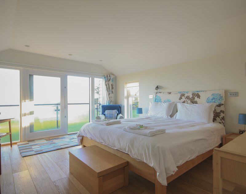 Light and bright, with inspiring sea views overlooking Hayle Bay, Ossco at Polzeath offers a luxury master bedroom ensuite