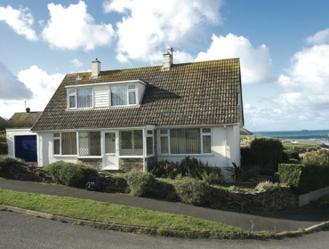 The external view showing the situation close to the sea of Sunset, a self catering holiday house to rent in Polzeath, Cornwall.