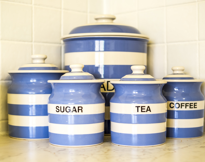 Relax and enjoy a cup of tea using the cheery Cornishware in the kitchen at Owls Rest in Rock.