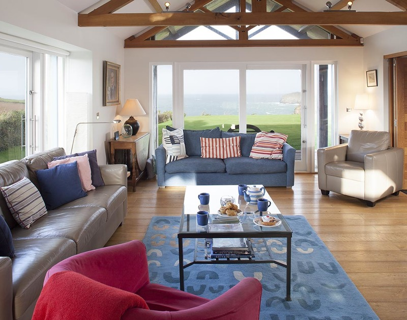 Based in New Polzeath, Ossco is a luxury holiday house that offers unrivalled sea views from the sitting room and principal bedrooms