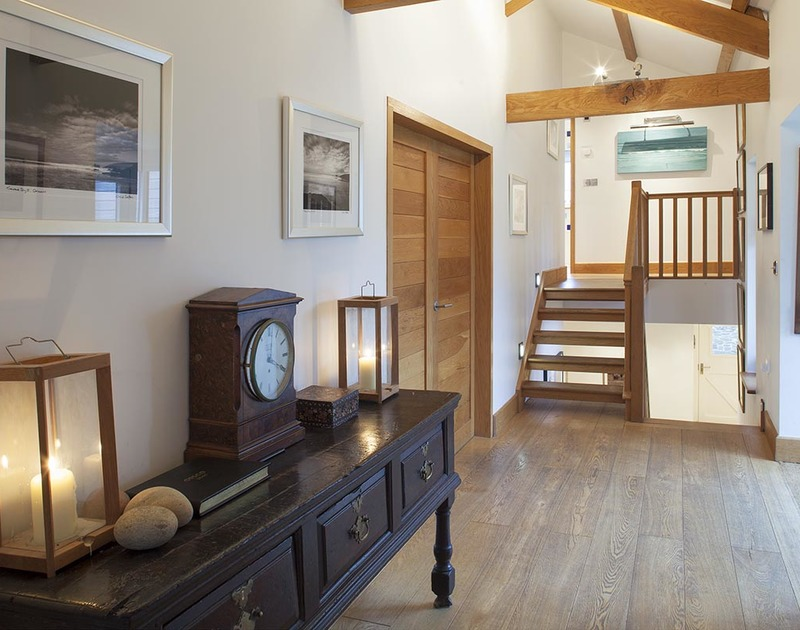 Ossco a luxury holiday home in Polzeath has been finished to a very high specification throughout.