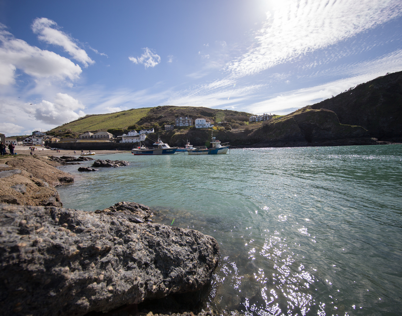 Picture postcard image of the pretty fishing harbour at Port Isaac, a moments stroll from Cloam Cottage, self catering holiday accommodation in North Cornwall.