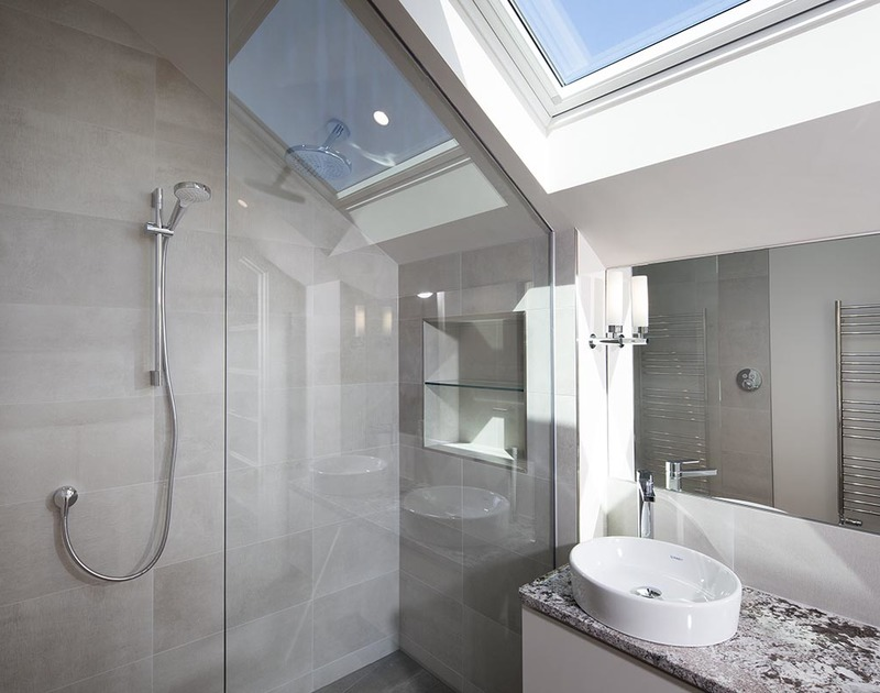 The immaculate master ensuite shower room in luxury self catering holiday house Mordros perfectly positioned between Daymer Bay and Greenaway in North Cornwall.