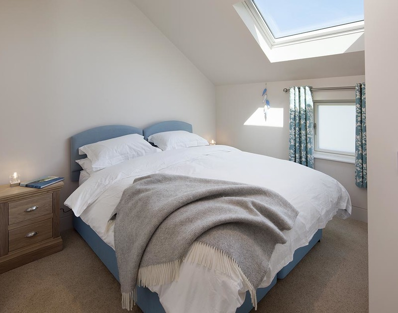 A useful zip and link double bedroom with plenty of light at Mordros, located between Daymer Bay and Greenaway in North Cornwall.
