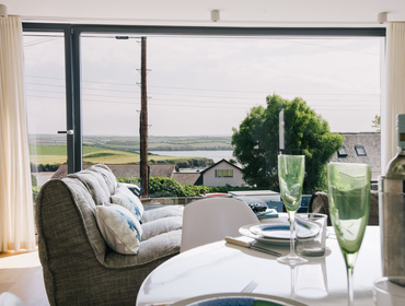 Enjoy stunning views of the tidal estuary at White Star self catering holiday home in Rock, North Cornwall.