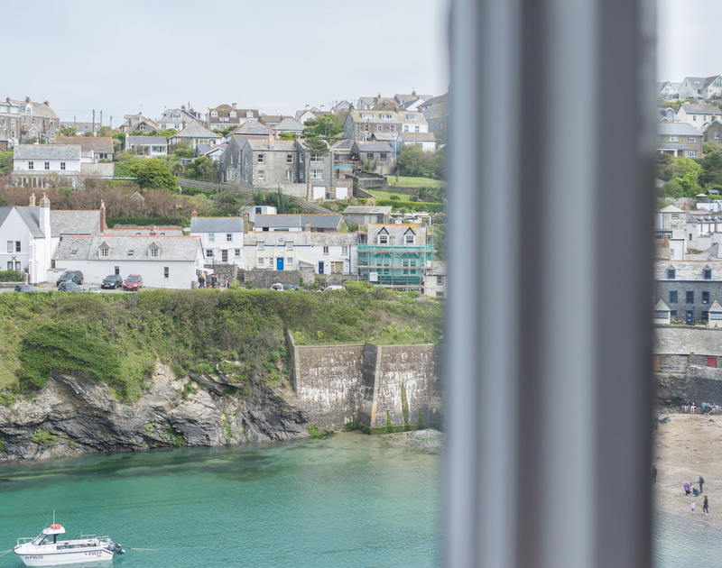 Regard village life from Northcliffe, a superbly located holiday house to rent in Port Isaac