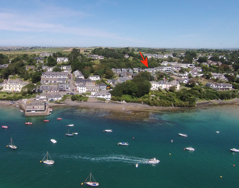 Greywings is located  very close to the Camel Estuary and the beach at Rock, Cornwall