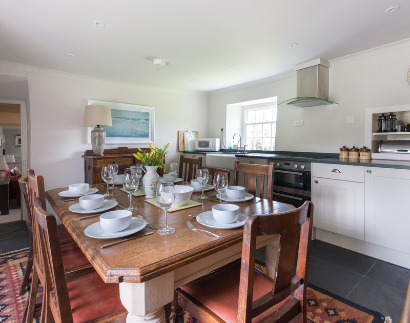 The kitchen/dining area of Porthilly Greys, self-catering rental in Rock