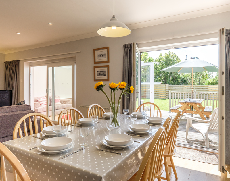 Prepare and enjoy delicious family meals to eat indoors or outside on the terrace at Cogenhoe in Rock, Cornwall