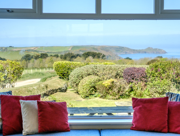 Book a holiday cottage by the sea in Rock, Daymer Bay, Polzeath and Port Isaac in north Cornwall with John Bray Cornish Holidays