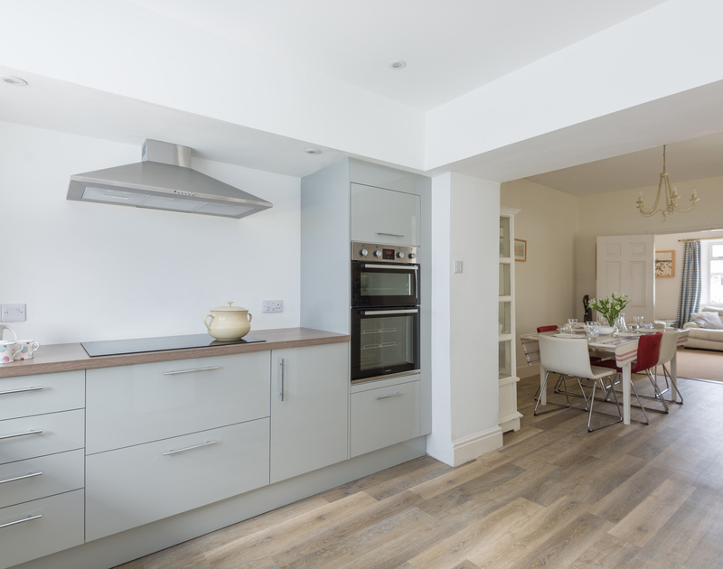 Stylish and contemporary, pale grey kitchen at self catering, holiday house Musters in Rock.