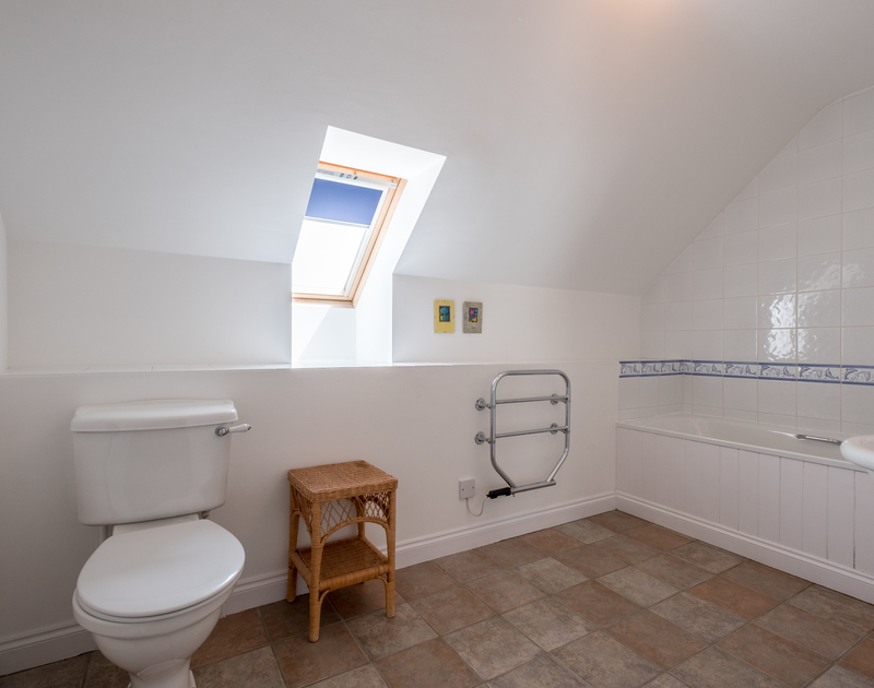 Spacious bathroom at self catering holiday house St Breock situated at Highcliffe between Daymer Bay and Polzeath.