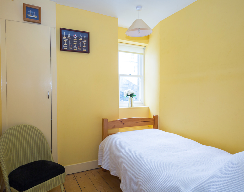 The third bedroom at Quays Cottage, a holliday cottage to rent in Port Isaac, Cornwall is a single room