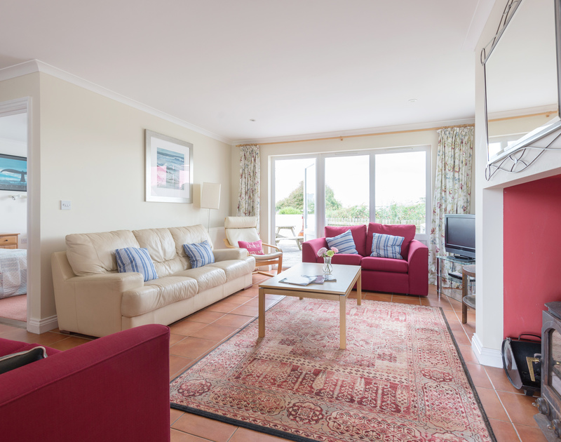 Kirra is a comfortable and spacious modern family holiday cottage close to Polzeath beach on the north Cornwall coast