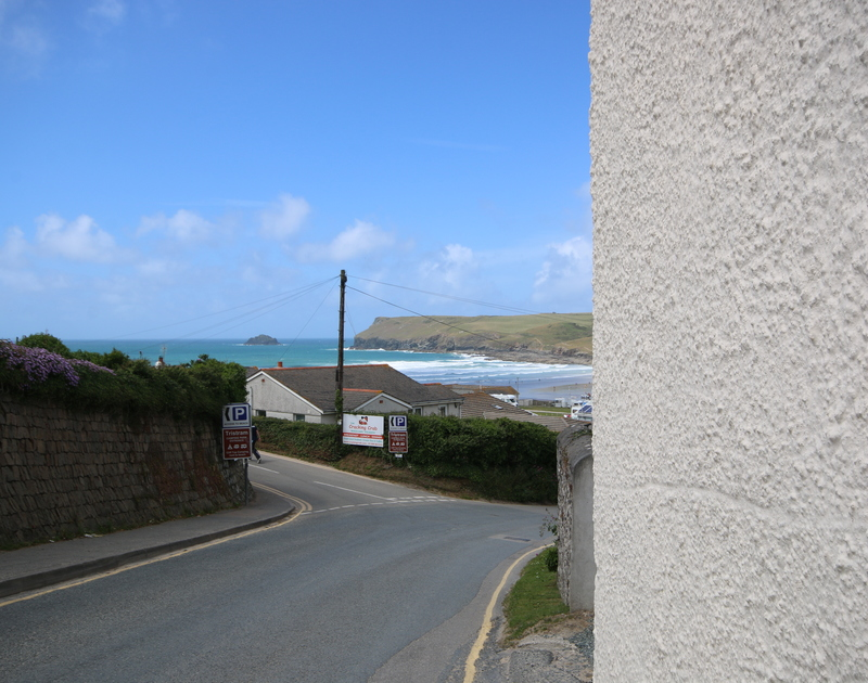 Ivy Cottage is a self catering holiday property near the top of Dunders Hill in Polzeath.