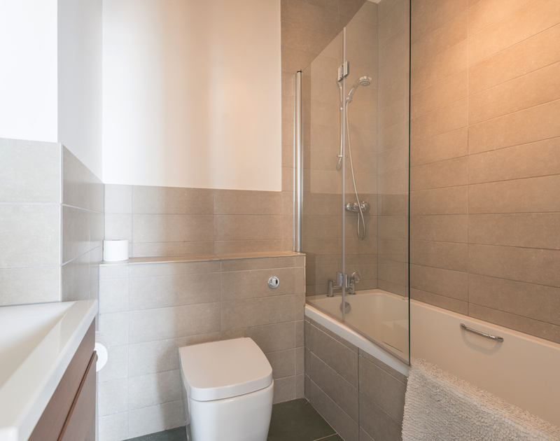 The stylish ensuite bathroom for one of the double bedrooms at holiday property 4, The Terrace in Rock.