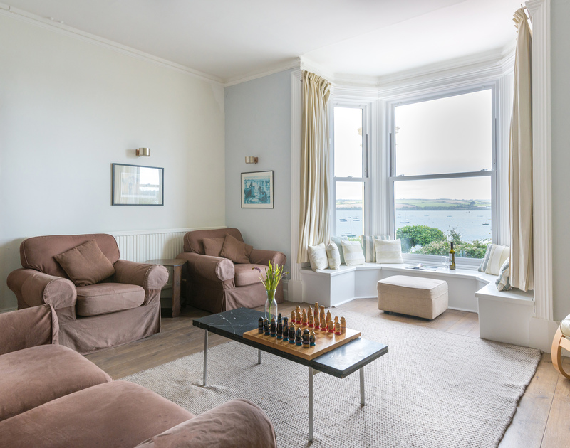 The elegant sitting room overlooking the beautiful Camel Estuary from self catering holiday house 4, The Terrace set in a prime position in Rock.