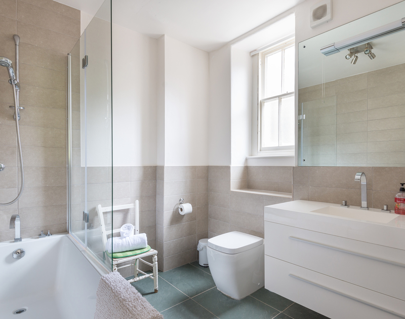 The stylish ensuite bathroom for the triple bedroom at self catering holiday house 4, The Terrace in Rock.